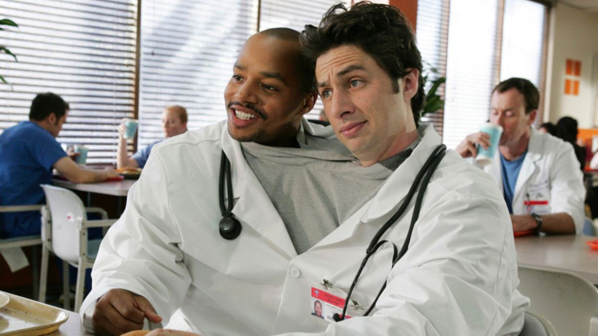 Zach Braff finds 'Scrubs' un-PC- moments, new podcast, and updates!