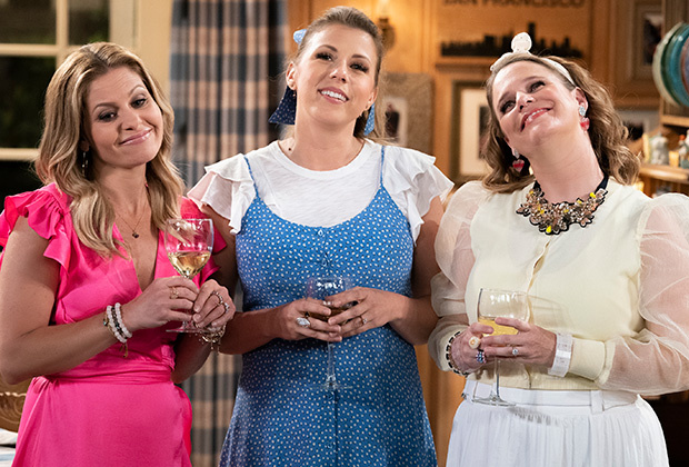 Will Netflix renew Fuller House for Season 6? Let's find out!