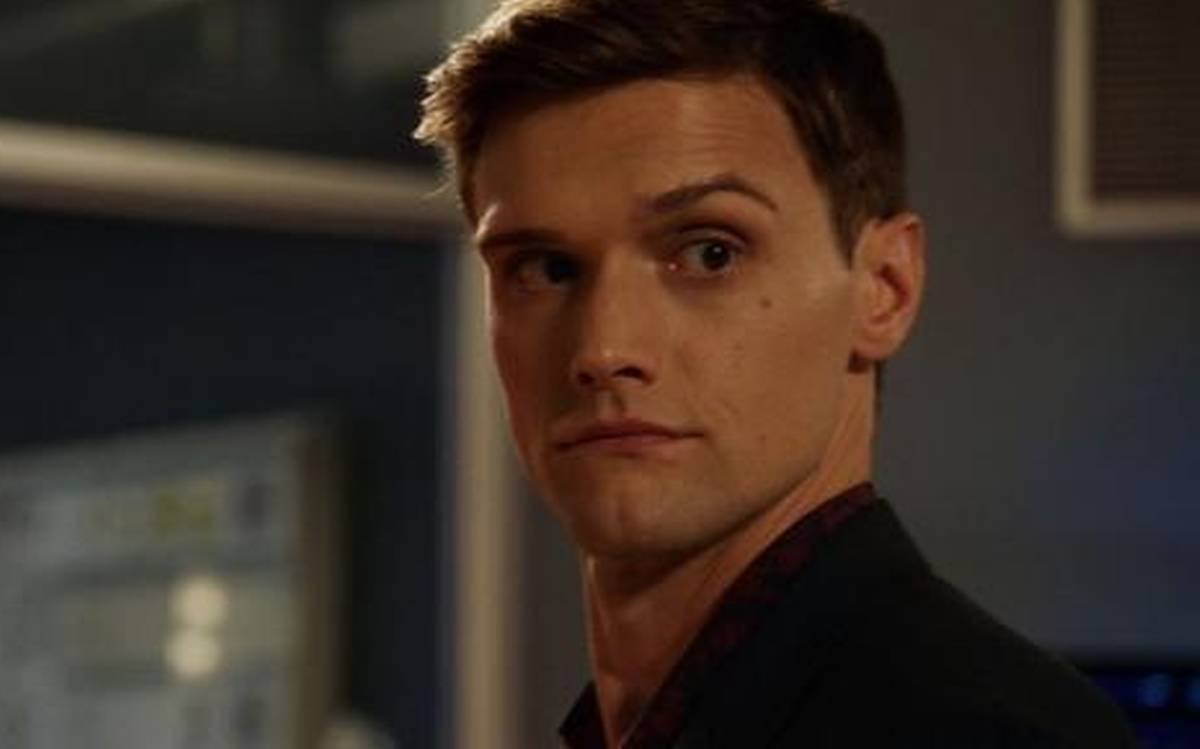 Hartley Sawyer is dismissed from The CW's The Flash. Know Why?